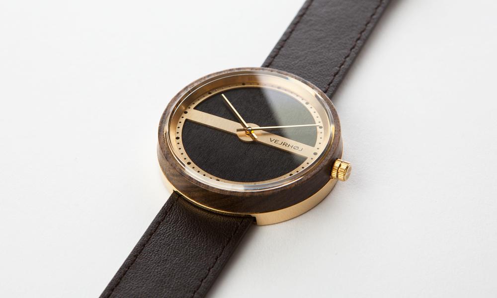 Vejrhoj wooden Nautic watch